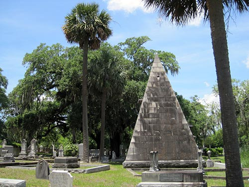 Mausoleum of William Smith, the rightest man in Charleston