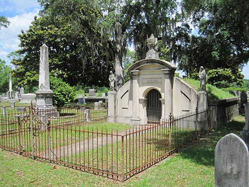 Crypt of James Schoolbred Gibbes, founder of the Charleston museum of art